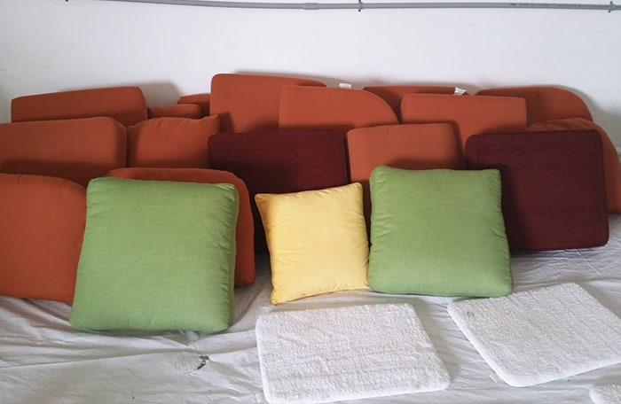 picture of upholstery pillows